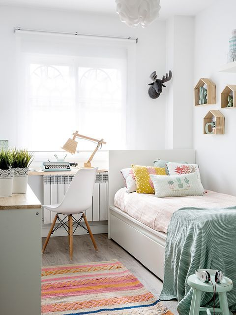 Un dormitorio decorado en mint y blanco   Deco   Decoracion ...