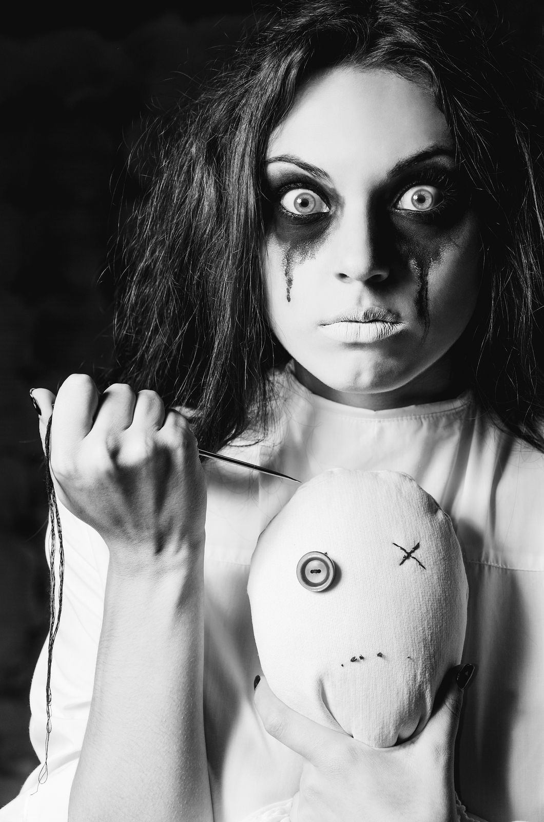 Easy Halloween Makeup   Easy halloween makeup, Halloween make up ...
