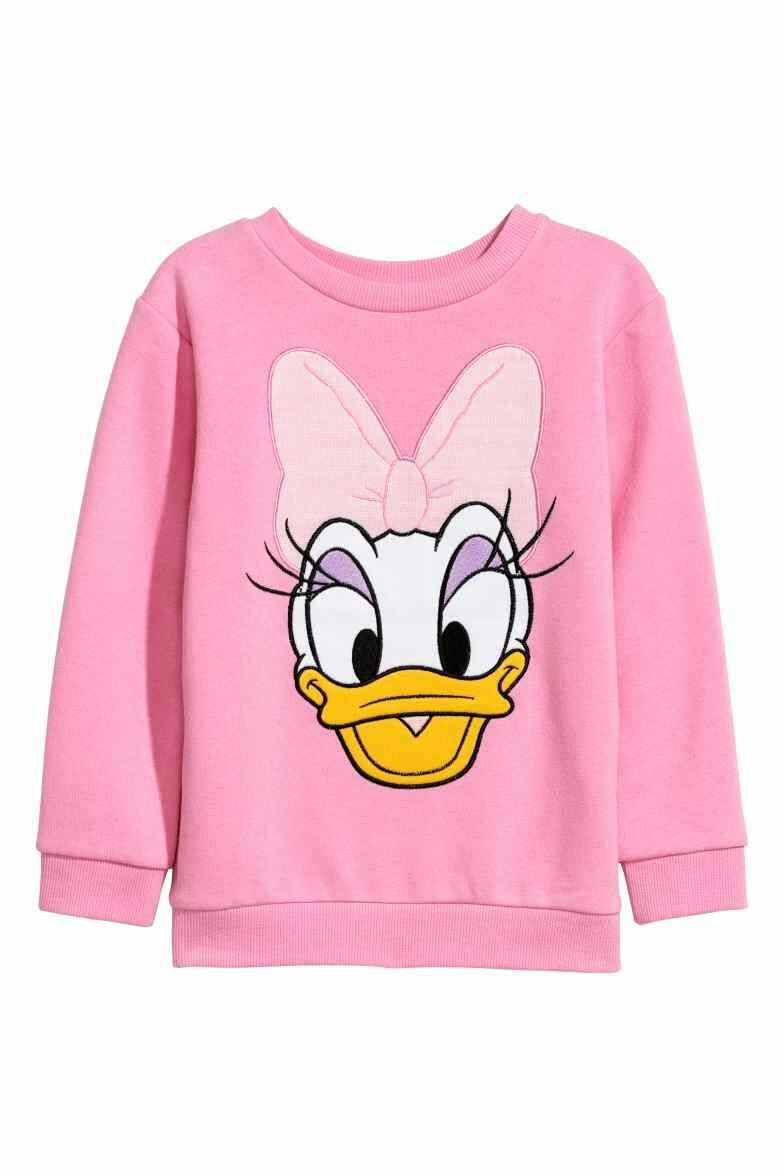 Pin By Giovanna Valdivia Malaga On Hm 2018 Sweatshirts Printed Sweatshirts Disney Sweatshirts