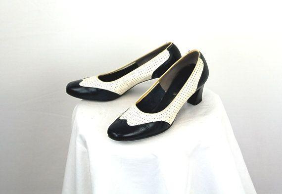 fcec7a5dfa3cc Vintage spectator shoes Selby spectator pumps by vintagerunway ...