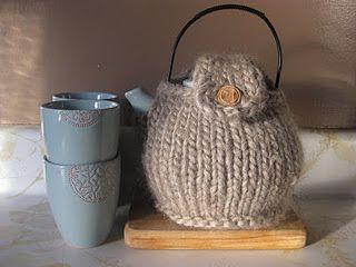 Fat knit tea cozy