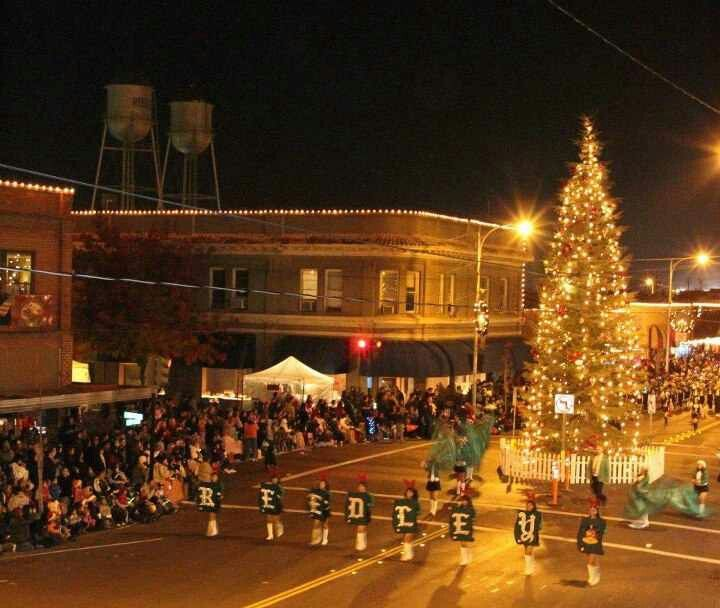 Reedley Christmas Parade 2020 Reedley Christmas Parade | Reedley, Christmas parade, School events