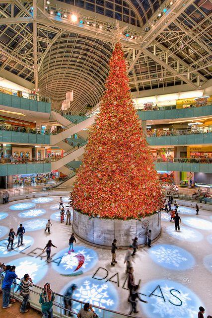 Dallas, TX - Galleria Mall - Christmas Skaters Texas y\u0027all