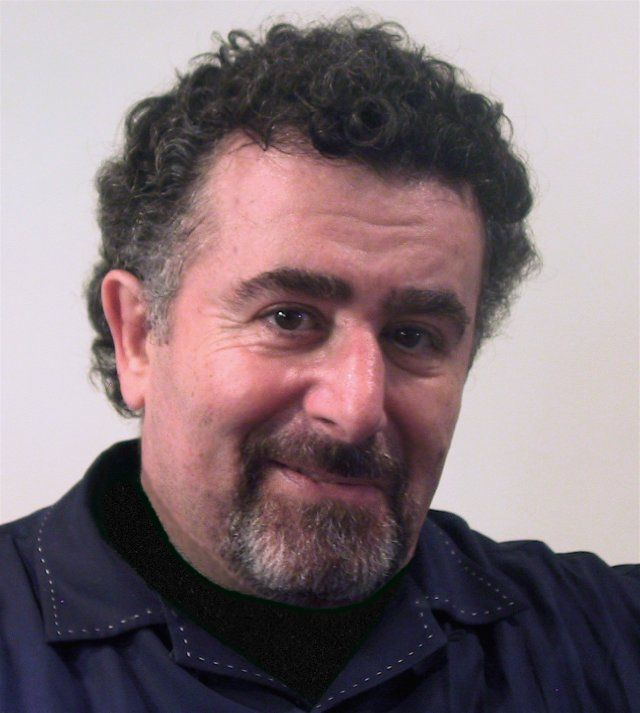 saul rubinek height