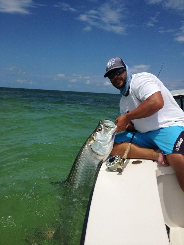 Miami Fishing Guide Nomad Fishing Charter Http Www Fishingchartermiami Com Miamifishingcharter Keybiscaynech Tarpon Fishing Fly Fishing Fishing Guide