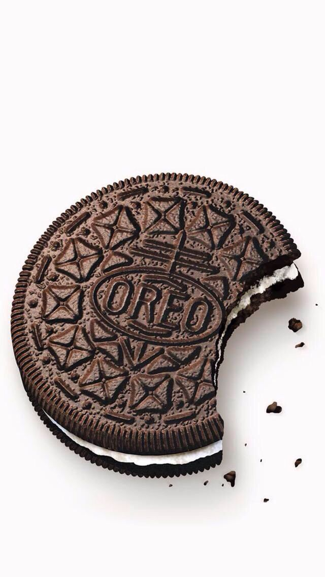A Cute Little Oreo Wallpaper I Found On This Wallpaper App