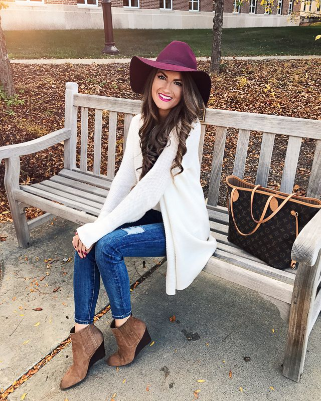 4c3abbf540 Southern Curls   Pearls  25 Easy Thanksgiving Outfit Ideas