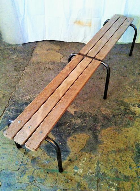 Sylvie B13 Mobilier Et Objets Vintage Industriel Metal Marseille Cosy House Outdoor Decor Outdoor Furniture