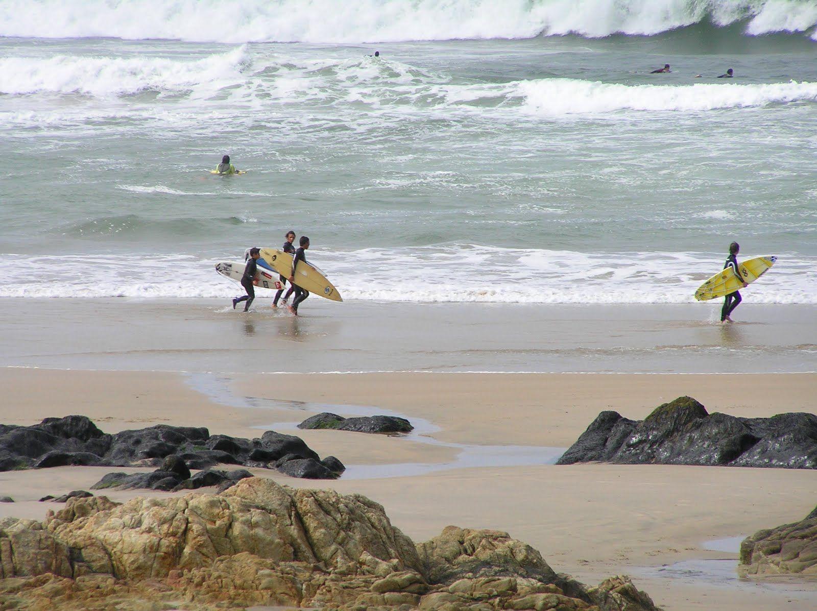 surf na Praia de Matosinhos_Porto_Portugal