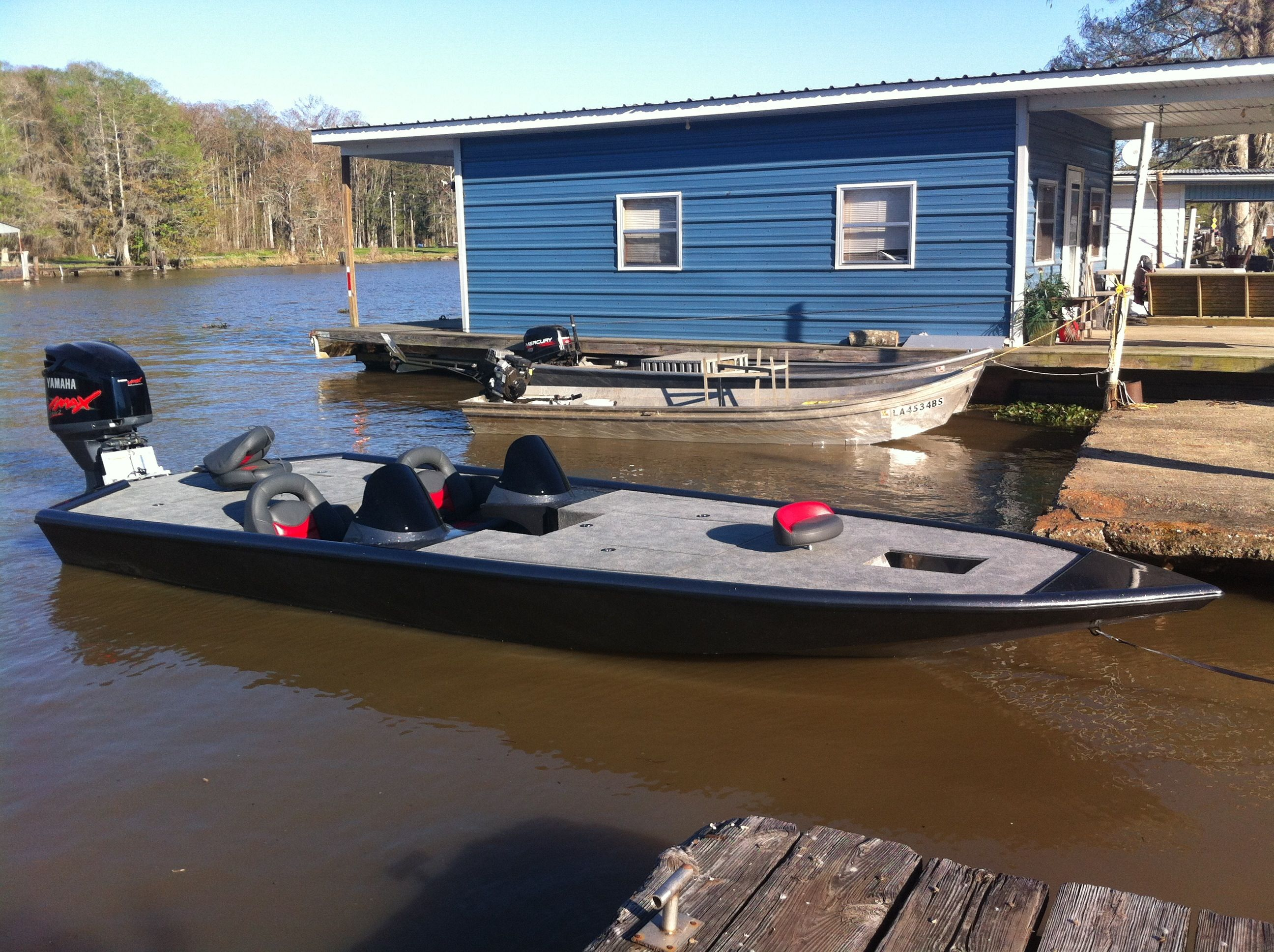 Aluminum bass boat strider bass boats and bay boats for Fish finder for jon boat