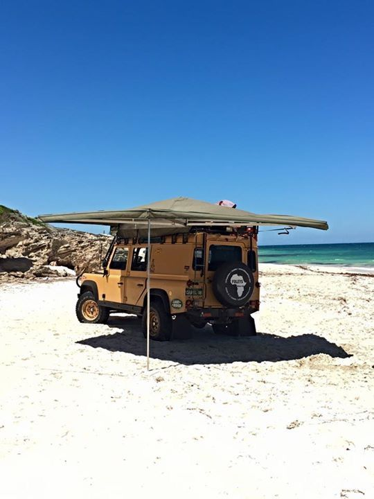 Aussie 110 Defender In Perth Ostrich Wing Awning By Big Country ZA
