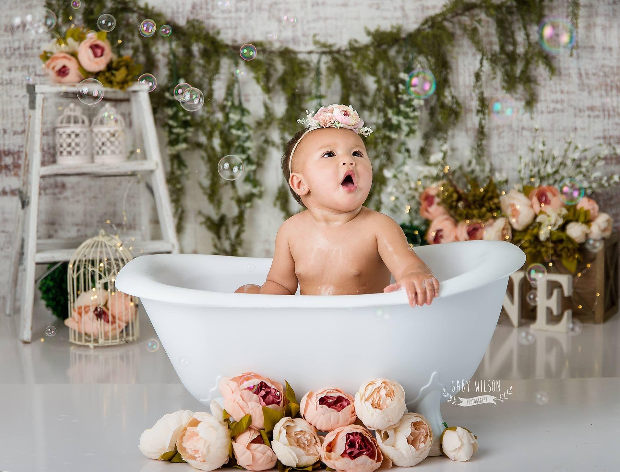 Gatsby Clawfoot Bath Tub Em 2020 Banho De Leite Meninas Infantil