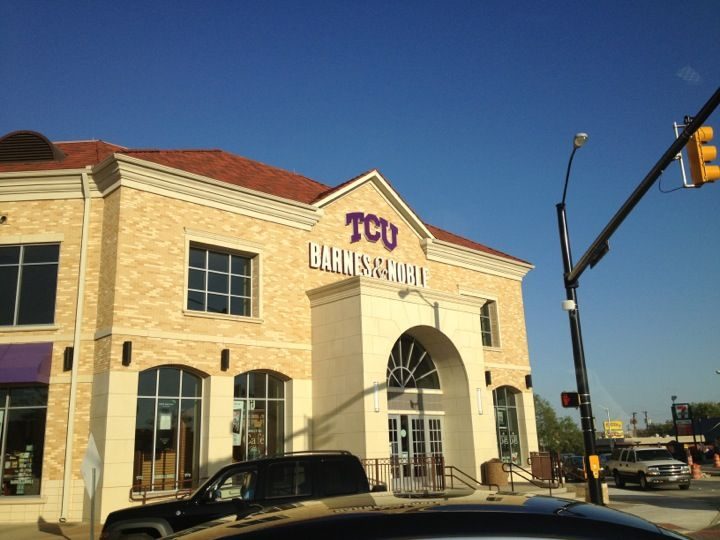Tcu bookstore house styles college four square