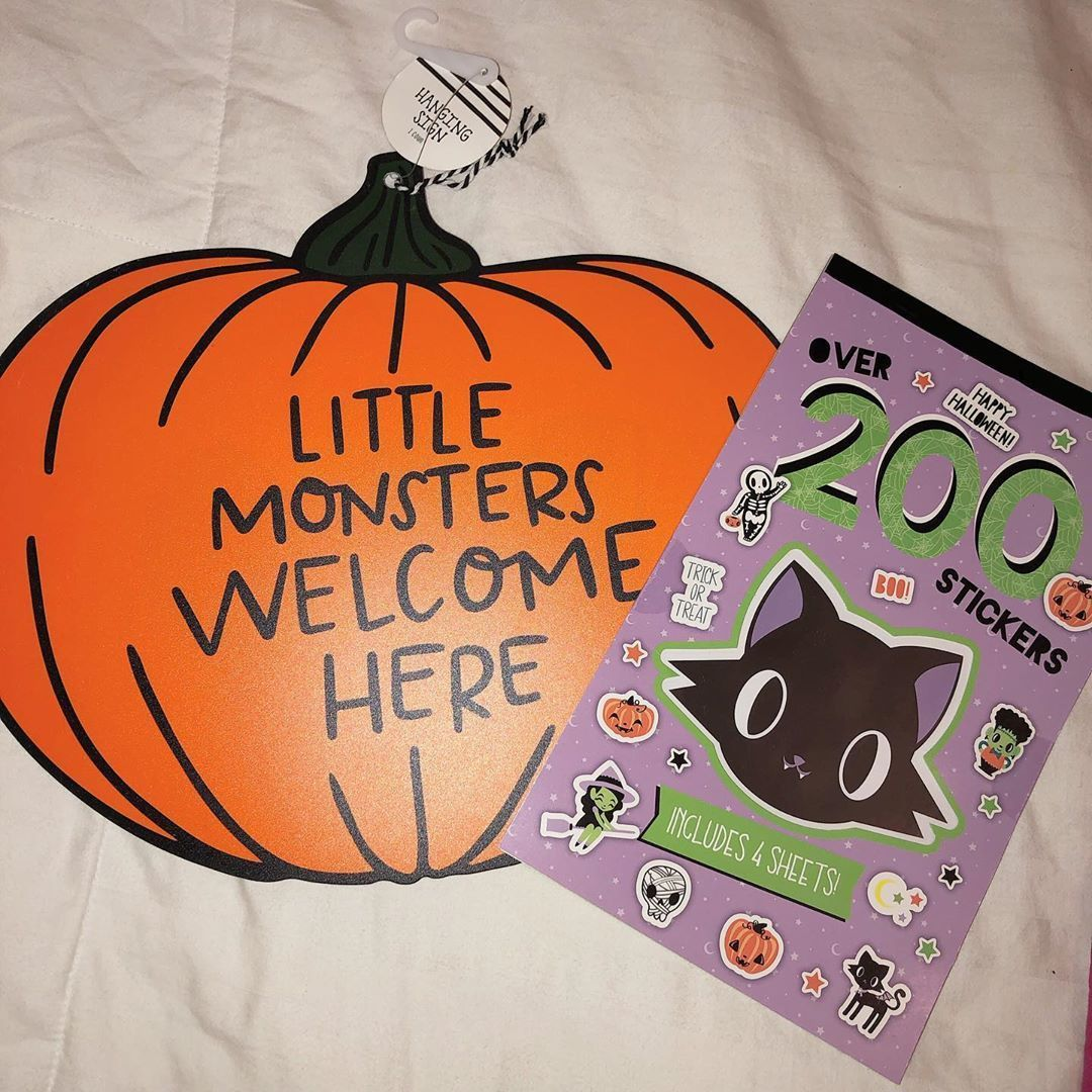 Can Halloween come soon so I can hang this outside our classroom door!?  Can Halloween come soon so I can hang this outside our classroom door!? #halloweenclassroomdoor
