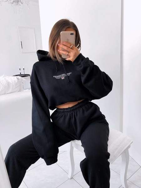 15 Work From Home Outfits To Look Stylish AF - Soc