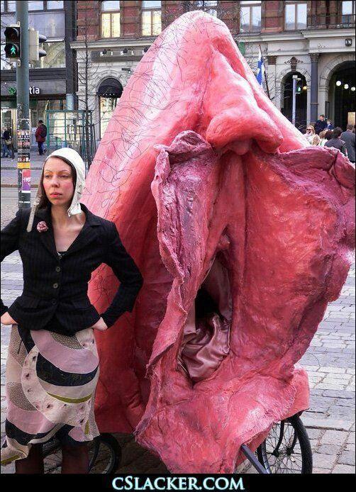 Giant pic vulva