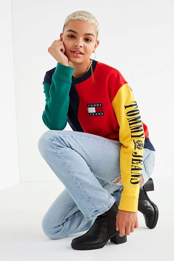 68d3347d Tommy Jeans '90s Colorblock Sweatshirt | Urban Outfitters | Fashion ...