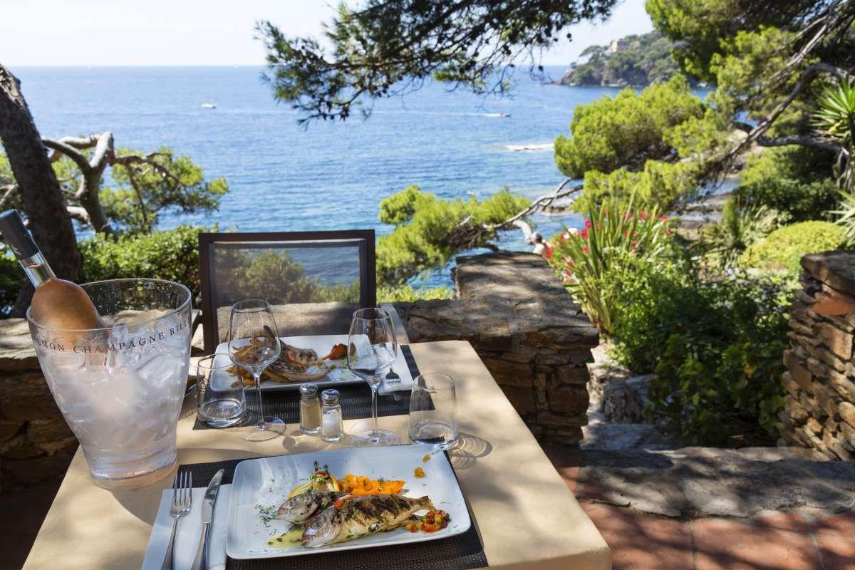 Restaurant vue mer à Hyères   Formule Buffets   Presqu'île de Giens   Le Barbecue