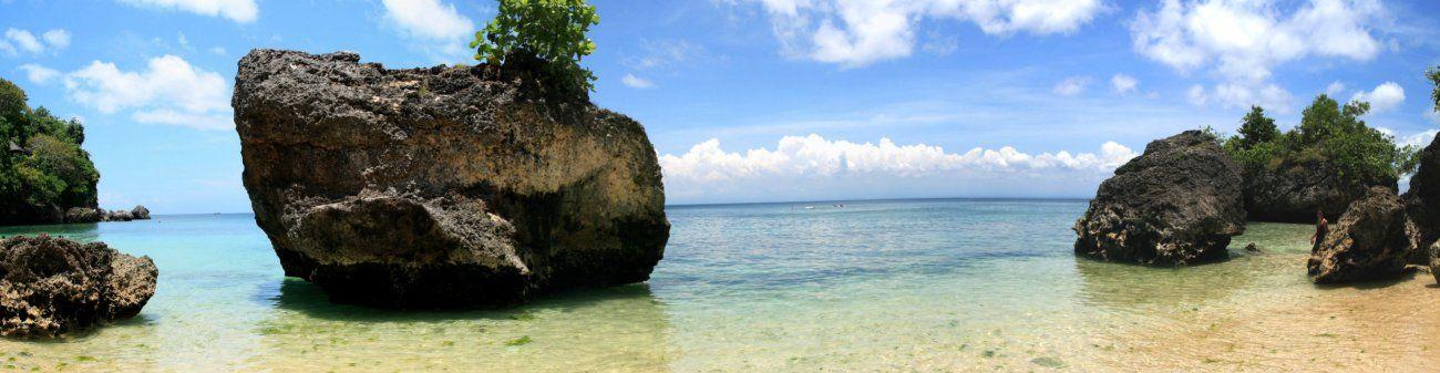 Padang Padang beach . Bali. Indonesia.