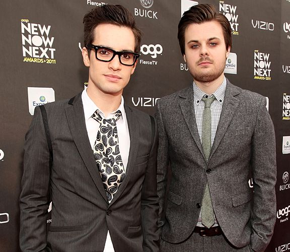17 Best images about Panic! At The Disco on Pinterest | Ps, That's ...