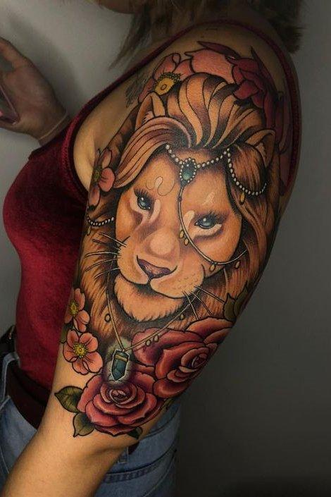 Lion Tattoos For Women In 2020 Stylist Tattoos Thigh Tattoos Women Jungle Tattoo