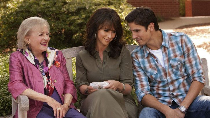 The Lost Valentine They Can T Get Enough Of That Southern Hospitality Hallmark Movies Draw Us In With The Jennifer Love Hewitt Jennifer Love Hallmark Movies