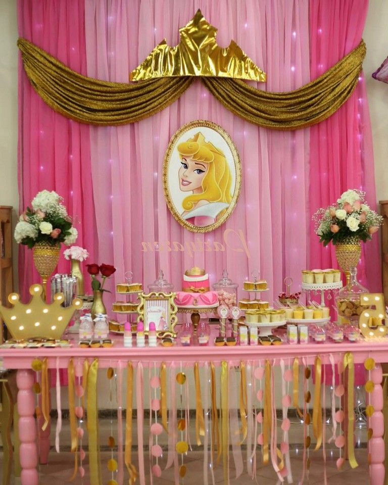 37 Lovely Princess Curtains Design Ideas For Happy Little Girl Princess Party Decorations Princess Aurora Party Princess Theme Party