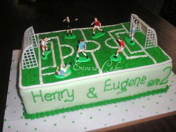 Cake Decorated Like Football Field : Soccer Field Cake (B126) Cake decorating ideas ...