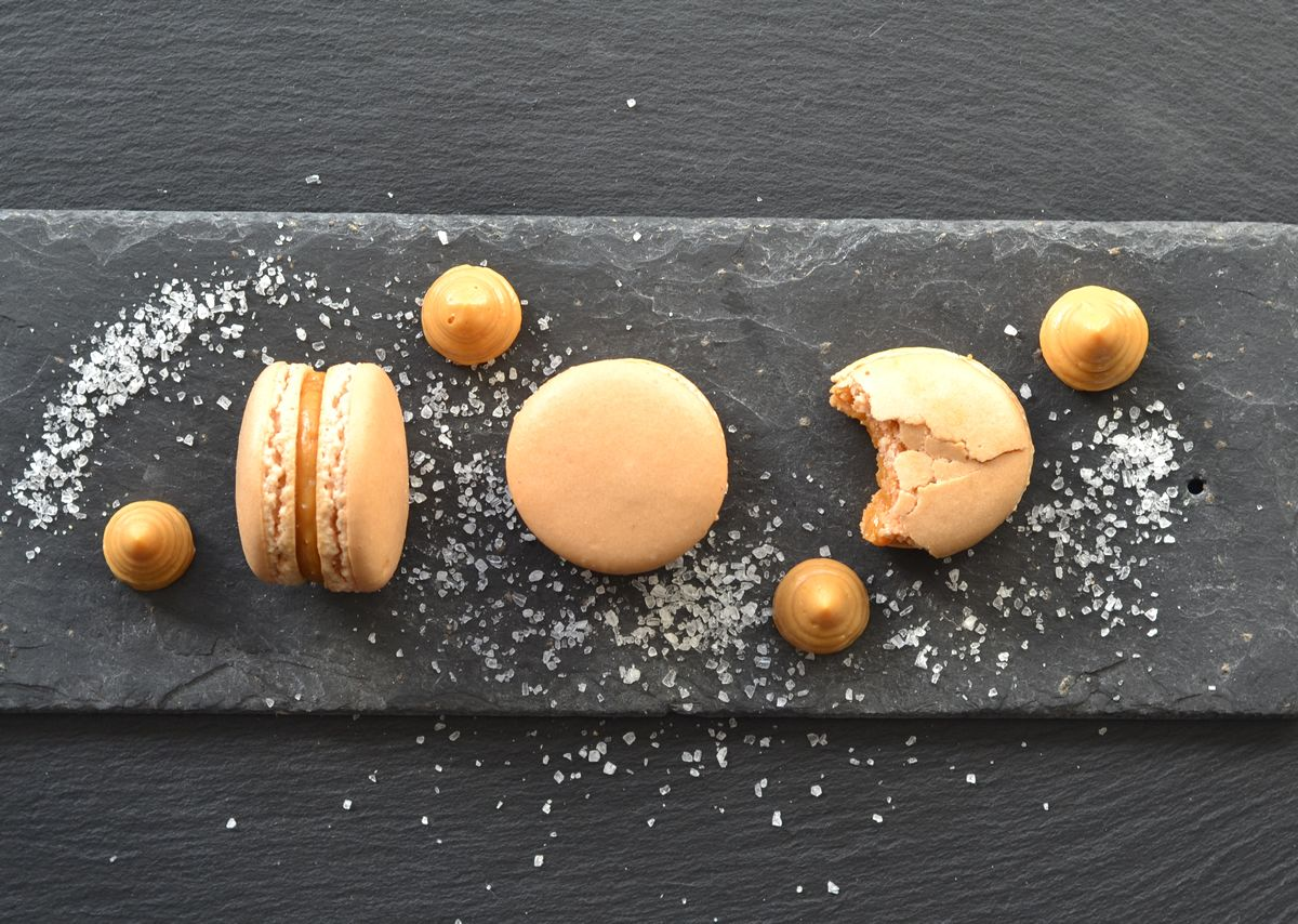 salted caramel macaron recipe macarons pinterest. Black Bedroom Furniture Sets. Home Design Ideas