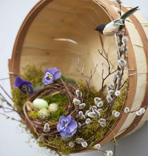 75 Best DIY Easter Wreaths | Candy wreath, Tulip wreath and Easter ...