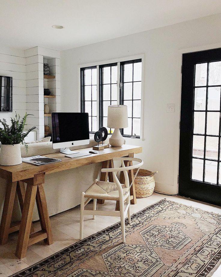 "The ""Credenza Desk"" Is a Genius Move"