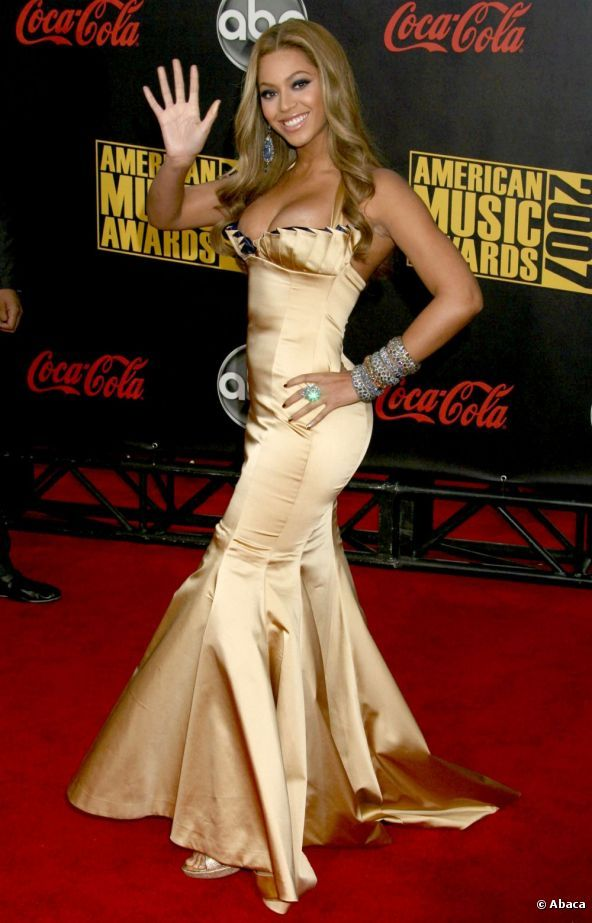 beyonce | Beyonce Knowles agli American Music Awards, a Los Angeles, il 18 ...
