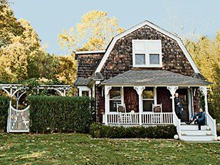 Gambrel Roof Line With Covered Porch On Bottom Level House Front Porch Gambrel Roof Gambrel Barn
