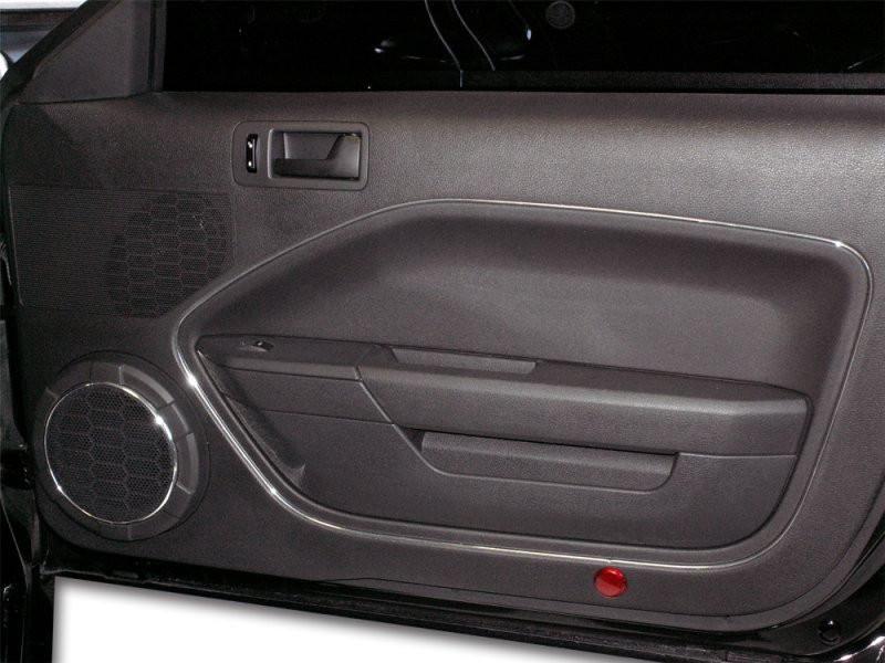2005 2009 Ford Mustang V6 Gt Door Trim Kit Chrome Vinyl 4pc Modern Gen Auto 2009 Ford Mustang Ford Mustang Classic Car Insurance