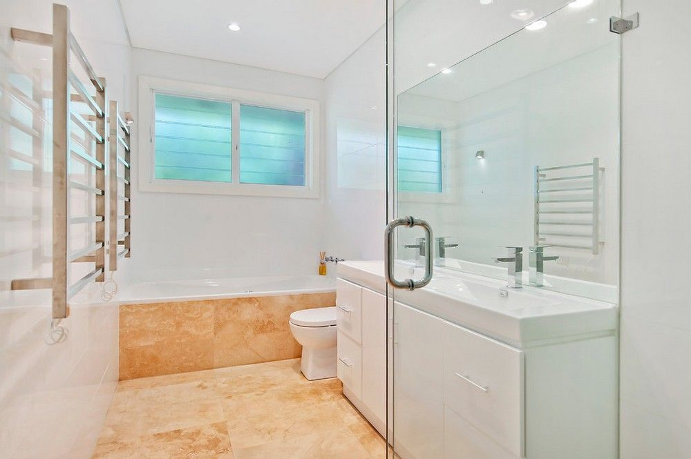Combination of white and light brown tiles   | Usual House