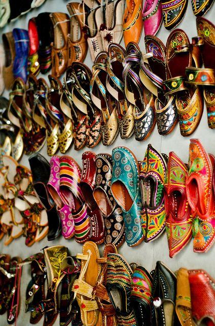 Step n Style Hombre Khussa Zapatos Punjabi JUTTI Rajasthani Mojari Kolhapuri Jaipuri Ethnic zapatos, color Dorado, talla 44