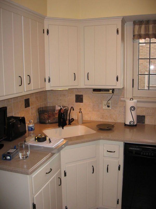 Bungalow Kitchen Backsplash Remodel | Cocinas