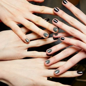 9 Tricks You Need to Know Before Wearing Dark Nail Polish (and 6 New ...