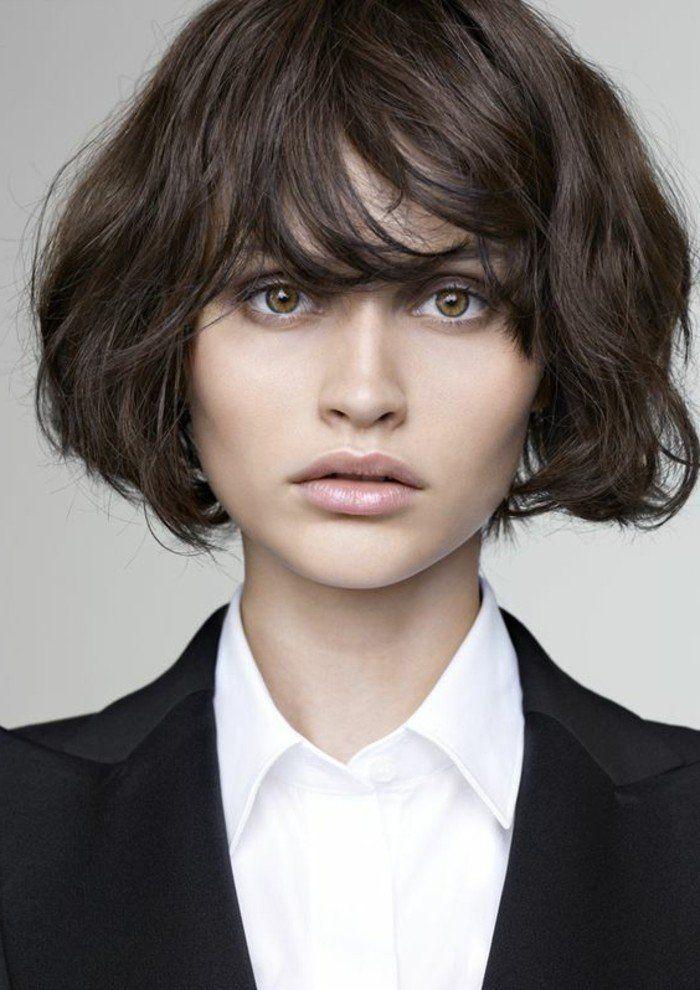 Coupe de cheveux femme couleur marron