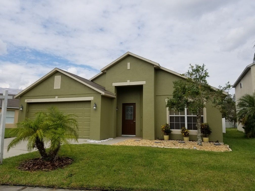 House For Sale In Orlando FL Office Denn Kitchen Family Room Combo Formal Living And Dining Rooms Screened Lanai Fenced Yard Ceramic Tile