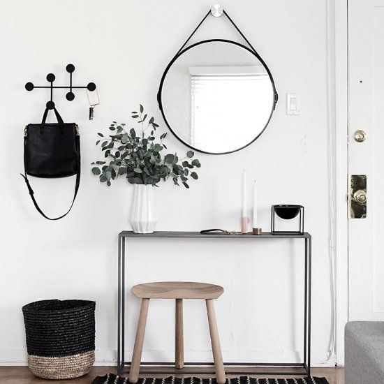 Functional Entryway Essentials #halinrichting