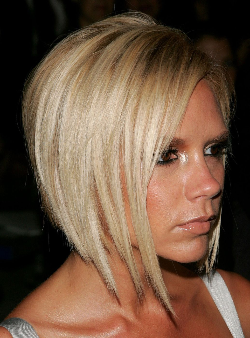 Victoria Beckham Short Hairstyles Front And Back 002 Short Hair