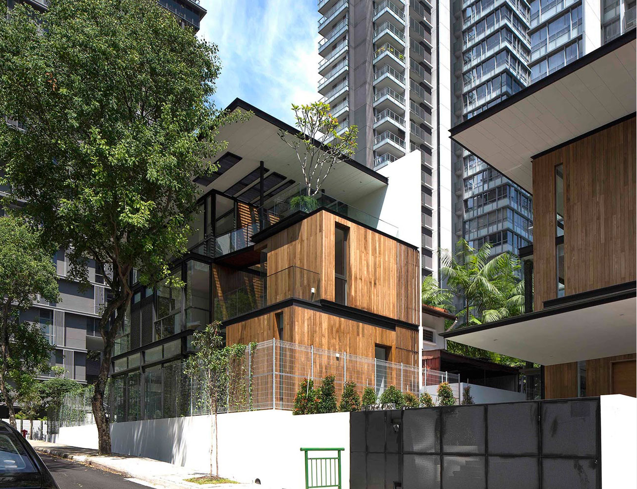 16 Lengkok Angsa, Singapore | CONTEMPORARY || Architecture | Pinterest