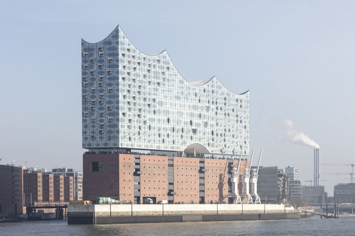 Gallery Of See How Herzog De Meuron S Elbphilharmonie Hamburg Sits In Its Context 37 In 2020 Elbphilharmonie Hamburg Architecture Photography Herzog