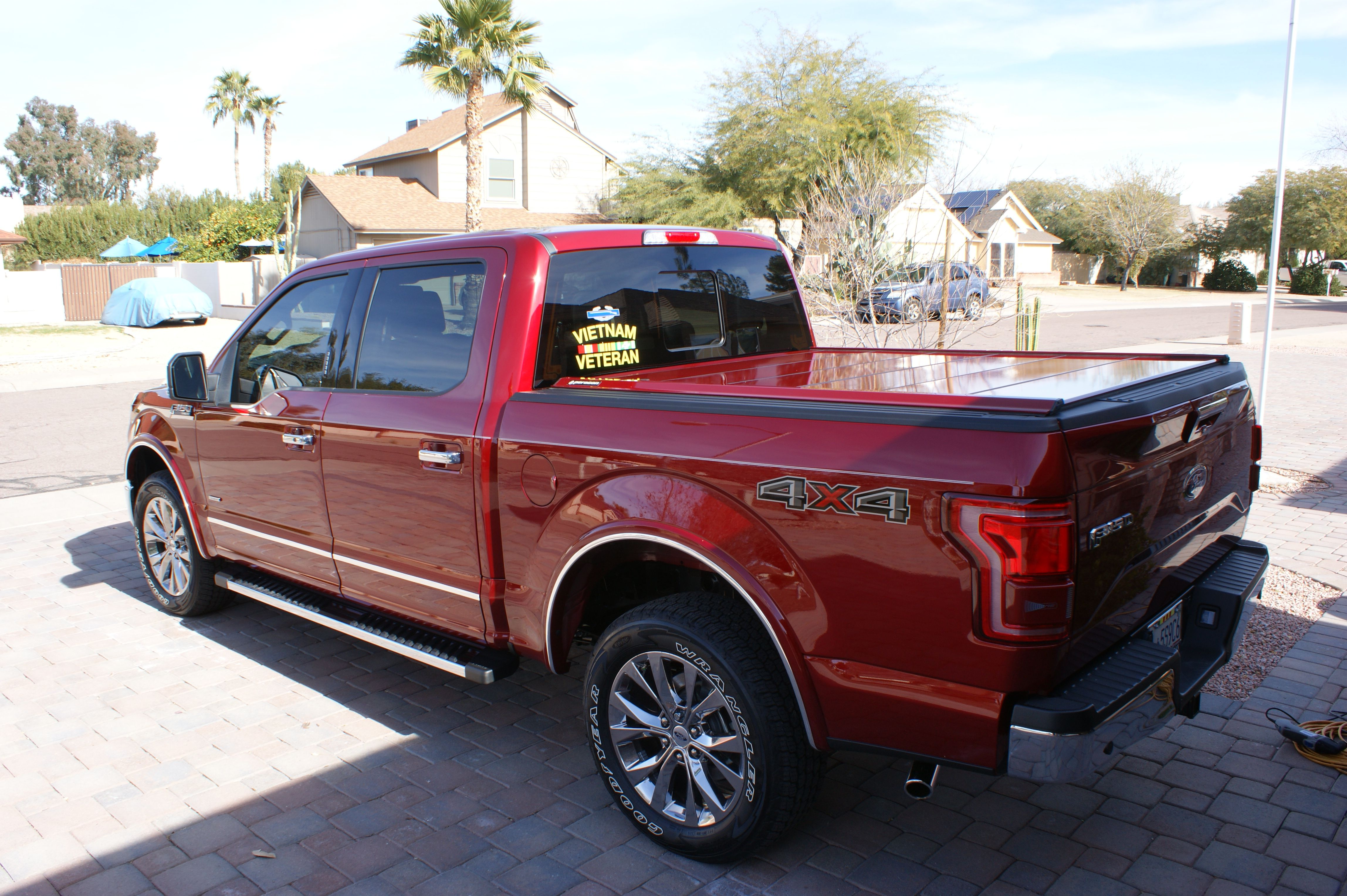 Retractable Truck Bed Covers for Ford FSeries F150, F