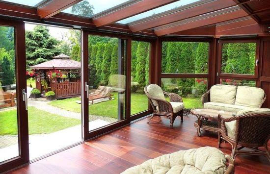 Verande Si Terase Inchise Cu Sticla Cele Mai Frumoase Modele Backyard Patio Designs Patio Design Patio