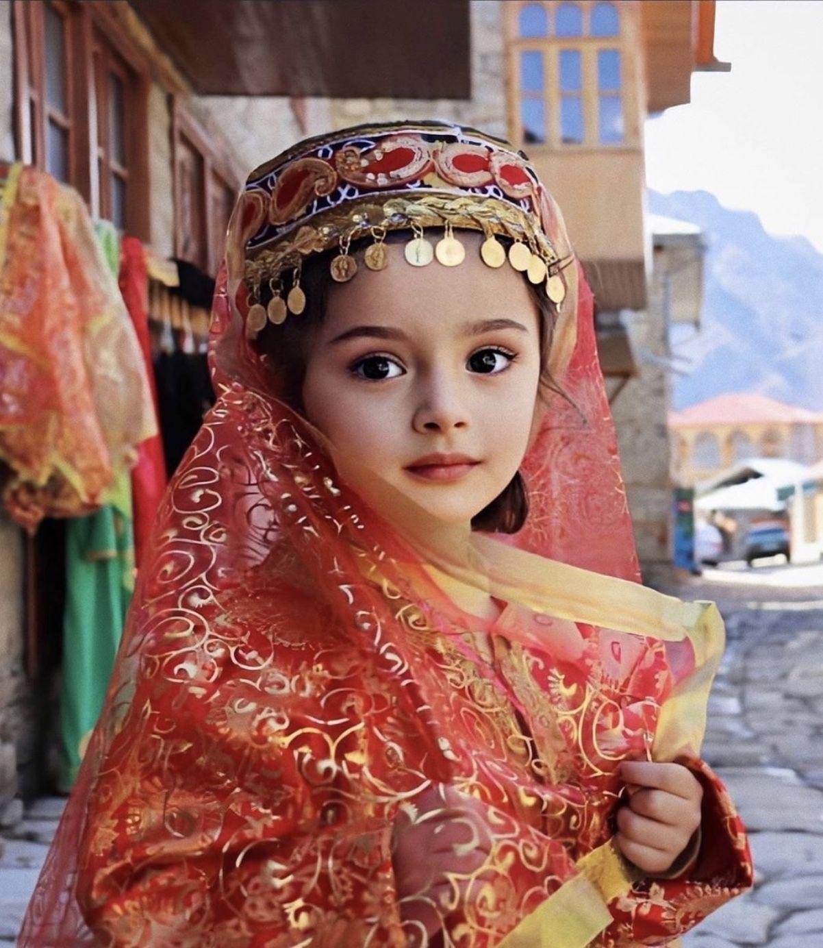 Pin On Azerbaijani Traditional Clothing