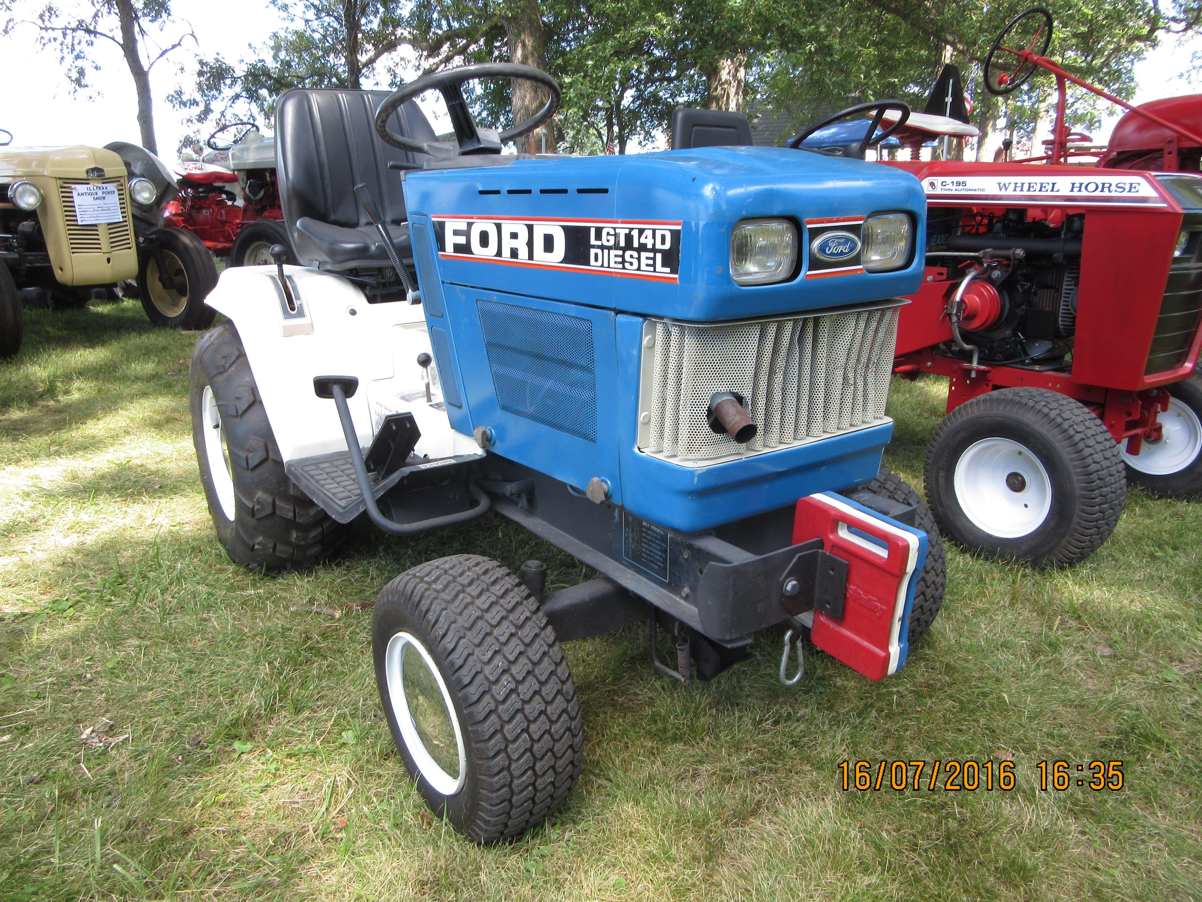 medium resolution of ford lgt 140 tractor