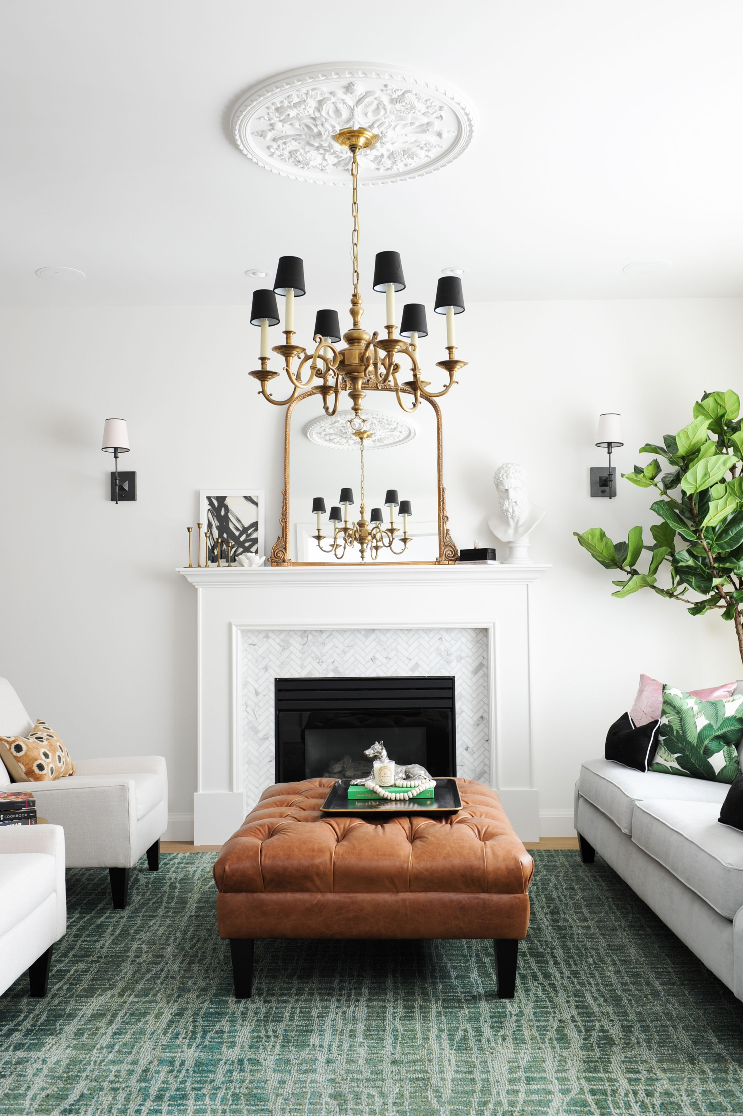 Lovely little living room with a mix of modern and old world charm ...