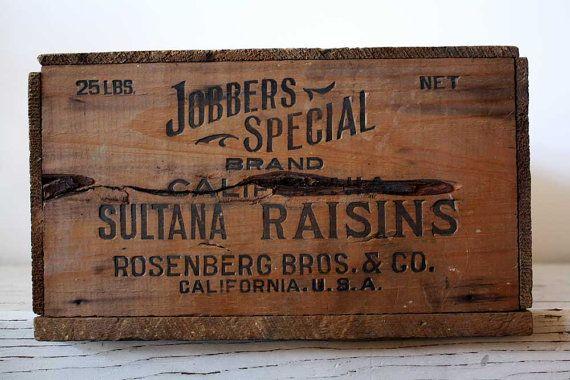 vintage industrial wood crate raisin fruit storage box bin decor en 2020 caisse bois cageots